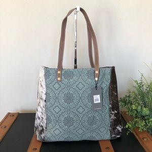 Handbags - Myra Bag floral Chic Tote Bag Upcycled Purse NWT